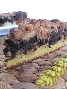 Ananás e Hortelã: Bolo Crumble de Maçã e Alfarroba Cheesesteak, Food Inspiration, Cupcake Cakes, Cupcakes, Cheesecake, Food And Drink, Pie, Banana, Healthy Recipes