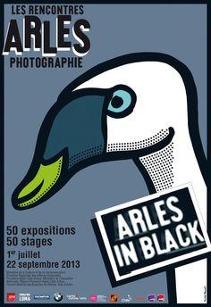 """""""Les rencontres photographiques d'Arles"""" est une manifestation qui a lieu tous les ans courant de l'été dans la ville d'Arles depuis les années 1970. Créé par le très grand photographe Lucien Clergue, elles sont devenues un incontournable de la photographie. Je les ai découverte alors que j'étais en seconde BAC PRO Photo. Depuis, tous les ans j'y retourne pour découvrir tant d'artistes et de reportages plus touchant les uns que les autres"""
