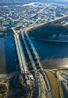 #FlatironConstruction constructed the Athabasca River Bridge in Ft. McMurray, Alberta, approximately 270 miles north of Edmonton. The 108-foot-wide, 1,548-foot-long bridge deck is the largest in Alberta. The stout structure was built to accommodate more than three times the average weight of most bridges, with a capacity of 1,100-metric-ton loads.