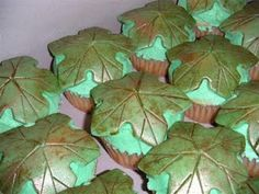 Tree Star Cupcake - from land before time!