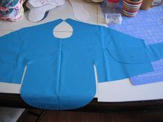 Do-it-yourself EC: Shirt Bib with free pattern