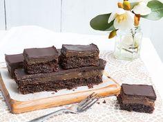 Chocolate Caramel Slice (can be made vegan) – Hunter Gatherer Gourmet