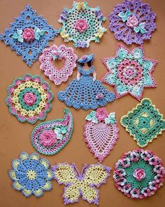 DAINTY LITTLE DOILIES By Bella Crochet. An downloadable ebook of patterns over at Maggies Crochet available for a wee fee.
