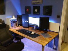 PC_Desk_MultiDisplay59_36.jpg