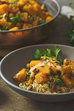 This slow cooked recipe evokes a feeling of comfort thanks to a warm blend of ginger, cinnamon, red pepper and thyme.