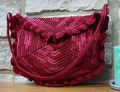 Resultado de imagem para bolsa de croche