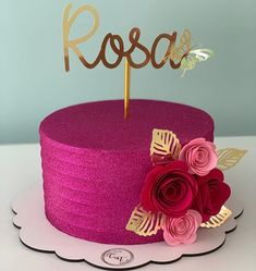 "Carol Teles en Instagram: """"Todo esforço tem a sua recompensa."" #glowcake #bolofeminino #bolodeaniversario #bolosdeaniversario #bolochantininho #chantininho…"" Beautiful Birthday Cakes, My Birthday Cake, Birthday Cake Decorating, Beautiful Cakes, Amazing Cakes, Pretty Cakes, Cute Cakes, Fiesta Cake, Christmas Cake Pops"
