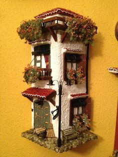 blog de manualidades la andaluza tejas calbazas muñecos goma espuma Hobbies And Crafts, Diy And Crafts, Tile Crafts, Ceramic Houses, Clay Tiles, Fairy Doors, Miniature Houses, Fairy Houses, Bottle Art