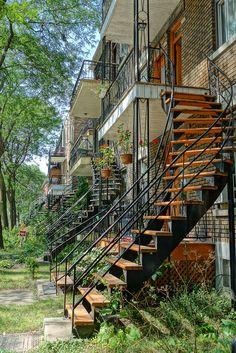 https://flic.kr/p/ojbU6C | Rue Lafontaine, Hochelaga | Hochelaga Maisonneuve - Montréal  Photo: © julienlebreton.com    Si Vous aimez, visitez ma page facebook - If you liked it, visit my facebook page !  DSC03724