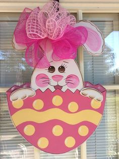 Front door decor Easter decorations Easter Bunny by samthecrafter Easter Art, Easter Crafts, Easter Bunny, Easter Decor, Spring Crafts, Holiday Crafts, Crafts To Do, Crafts For Kids, Diy Ostern