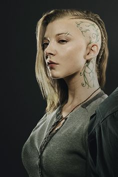Second Issue for Hunger Games Exclusive With New Stills, QandA's and more! Half Shaved, Shaved Head, Margaery Tyrell, Cyberpunk Character, Natalie Dormer, Hunger Games Trilogy, Katniss Everdeen, Red Queen, Portraits