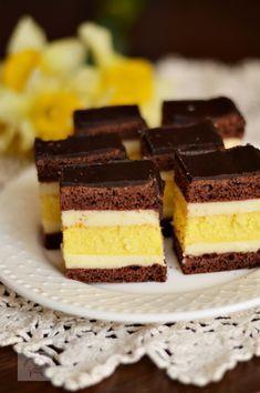 Romanian Desserts, Romanian Food, Savoury Cake, Diy Food, Sweet Treats, Cheesecake, Deserts, Food And Drink, Ice Cream