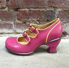 Fluevog Kitschy kitschy boom boom Liz in Pink/Yellow