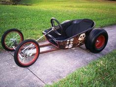 Wheelbarrow rat soapbox car