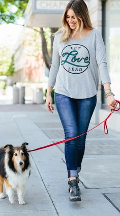 Service dogs change lives. Let love lead and support these amazing dogs with each purchase! #Sevenly #4PawsForAbility