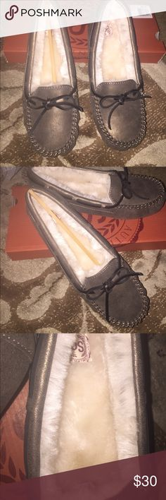 New size 6 gray  mocasins Cozy, comfortable and warm shoes size 6 brand new color gray Shoes Moccasins