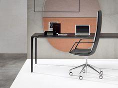 CATIFA SENSIT Poltrona ufficio direzionale con braccioli by Arper design Lievore Altherr Molina