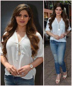 Bollywood Outfits, Bollywood Actress Hot Photos, Beautiful Bollywood Actress, Beautiful Indian Actress, Bollywood Fashion, Bollywood Theme, Bollywood Stars, Actress Photos, Zarine Khan Hot