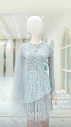 Kebaya Lace, Kebaya Hijab, Kebaya Brokat, Batik Kebaya, Kebaya Dress, Batik Muslim, Kebaya Modern Dress, Model Kebaya, Indian Designer Outfits