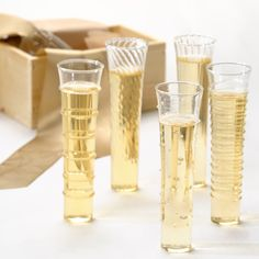 I have seen these at some boutique gift shops and want to know what the brand is so I can buy them online. They also make wine glasses and other delicate serveware. Love love love it