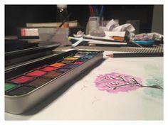 J'ai récemment appris que j'ai la capacité de tenir un pinceau...