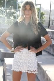 lace skirt outfit - Buscar con Google