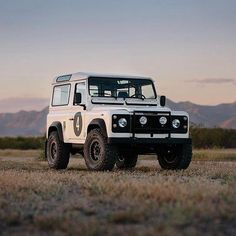 """2,325 Likes, 2 Comments - @landroverphotoalbum on Instagram: """"A Defender 90 beautifully captured by @fourtillfour #Landrover #Defender90 #landroverdefender…"""""""