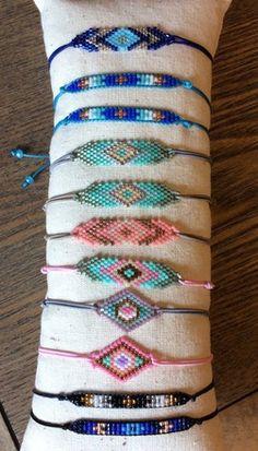 bracelets with beads Seed Bead Jewelry, Bead Jewellery, Beaded Jewelry, Handmade Jewelry, Handmade Bracelets, Beaded Earrings, Bracelets Fins, Bead Loom Bracelets, Seed Bead Patterns