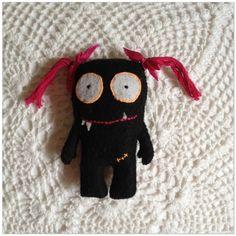 little monster girl  #monster #plush Mimis Lovables #mimislovables ♥