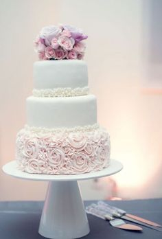 Featured Photographer: Blush Wedding Photography; Wedding cake idea.