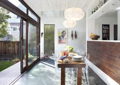 Kartell Victoria Ghost: Feldman-Architecture-Victorian-remodel-in-Bernal-Heights-SF