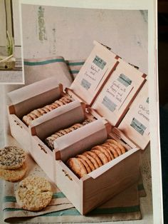 Packaging cookies