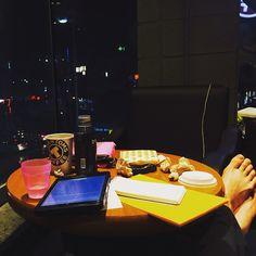 You can find a 24-hour Café everywhere in Seoul.