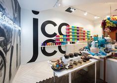 jcoco Pop-up Shop by MG2, Bellevue – Washington » Retail Design Blog