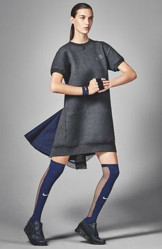 A sweatshirt dress with an elegant train — now that's the kind of Sacai mashup we love. Sport Fashion, Look Fashion, Fitness Fashion, Womens Fashion, Fashion Trends, Fashion Clothes, Sport Style, Sport Chic, Estilo Fashion