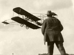 The Los Angeles International Air Meet at Dominguez Field in 1910. (Bizarre Los Angeles)
