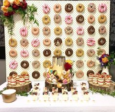 9 DIY Donut Wall Ideas You'll Want To Steal Simple pegboard donut wall with Krispy Kreme donuts makes a colorful and tasty backdrop for the dessert table Wedding Donuts, Wedding Desserts, Fun Desserts, Wedding Cakes, Donut Bar, Party Mottos, Room Decor For Teen Girls, Diy Donuts, Doughnuts