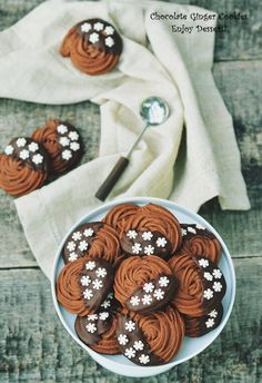 Fursecuri fragede cu ciocolata si ghimbir