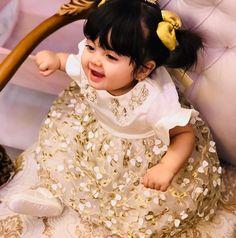 Cute Little Baby Girl, Cute Kids Pics, Cute Baby Girl Pictures, Cute Girl Pic, Baby Photos, Cute Girls, Cute Babies Photography, Children Photography, Cute Baby Wallpaper