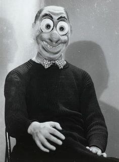 Jacques-André Boiffard     Masque de Carnaval, Paris     1930