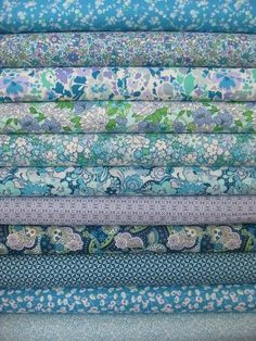 Blue beauties, sublime with peaceful color from Liberty of London. Liberty Of London Fabric, Liberty Fabric, Liberty Print, Quilt Material, Floral Fabric, Blue Fabric, Fabulous Fabrics, Textiles, Fabric Patterns