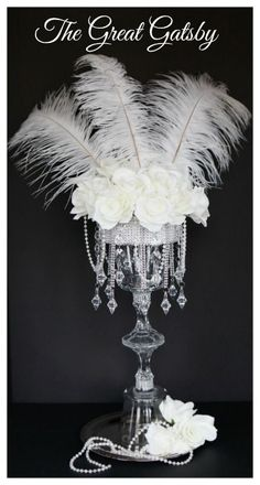 Wedding themes gatsby bridal shower Ideas for 2019 Great Gatsby Party, The Great Gatsby, Great Gatsby Motto, Feather Centerpieces, Diy Centerpieces, Mascarade Centerpieces, 1920s Wedding, Diy Wedding, Trendy Wedding