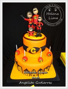 Incredibles cake - I will have to make this since my family has the same last name!