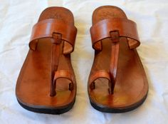 Hey, I found this really awesome Etsy listing at http://www.etsy.com/listing/78608497/plain-moroccan-inspired-leather-sandals