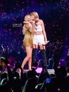 Kelsea Ballerini & Taylor Swift