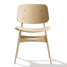 Another Danish beauty - this time from Fredericia Funiture. The name of the chair is 3051 Søborg Stol.