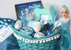 What a cute theme. I'd make these baskets whenever a special movie came out.
