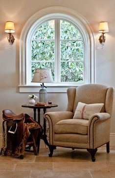 equestrian home . . . Too many equestrian home ideas are dark and heavy. This one is lovely and bright!