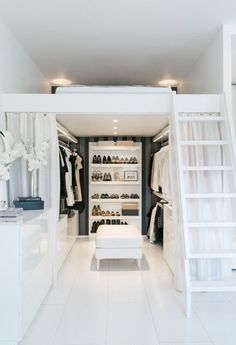 Small Space Organization: This Little Finnish Apartment Has a Really Clever Closet Solution Room Ideas Bedroom, Small Room Bedroom, Bedroom Loft, Bedroom Decor, Tiny Bedrooms, Small Teen Room, Loft Beds For Small Rooms, Very Small Bedroom, Square Bedroom Ideas