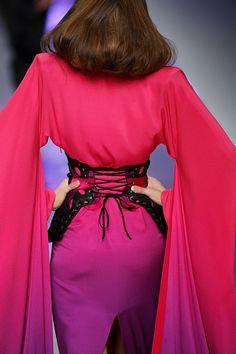 Alexander McQueen at Paris Fashion Week Spring 2008 - StyleBistro